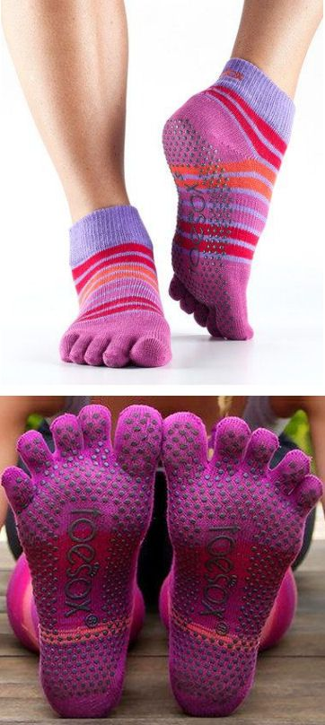 awesome grippy socks for pilates, dance, yoga & barre #fitness