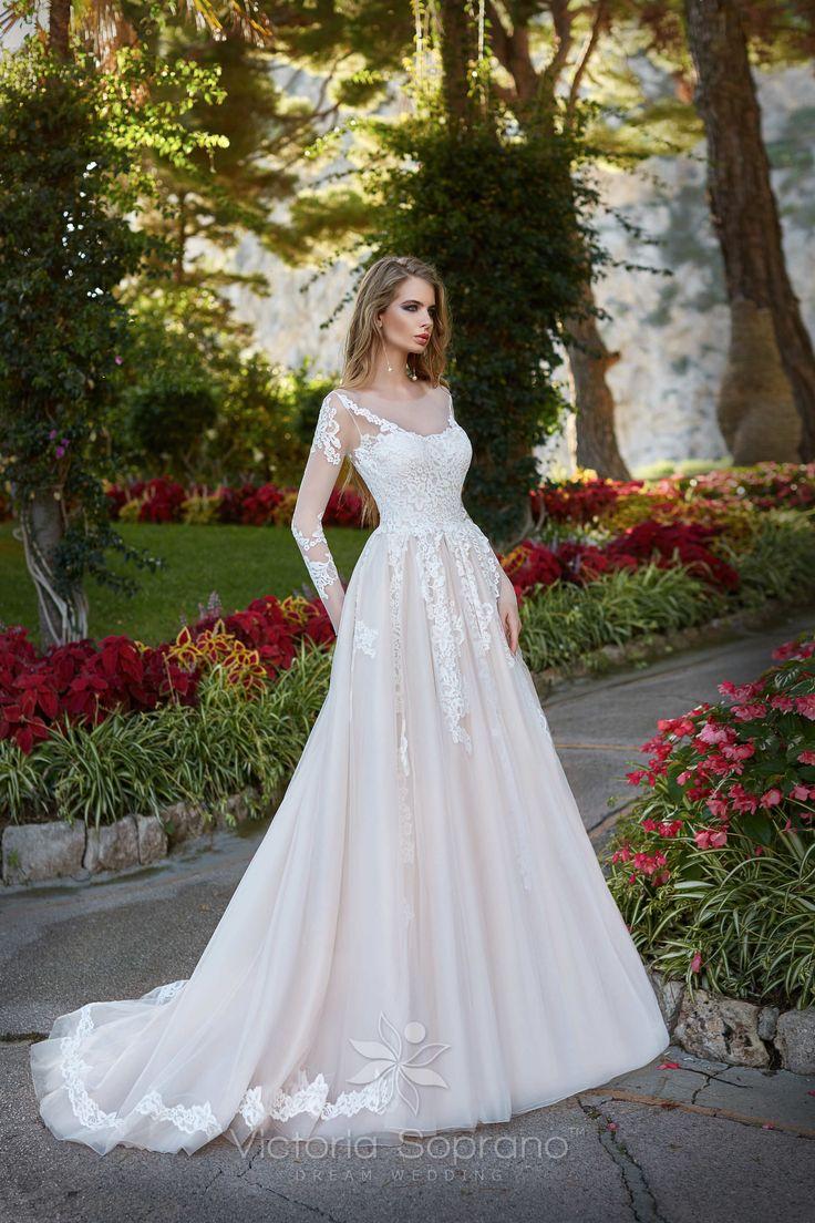 ROSALIA#wedding, #weddingdress, #nefelejcsruhaszalon, #esküvőiruha,#esküvő, #menyasszonyiruha,#menyasszony