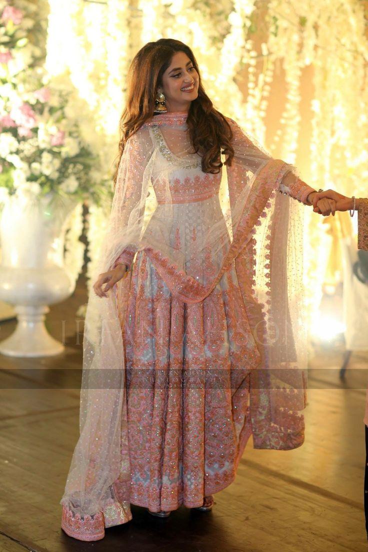 Urwa hocane wedding, anarkali, Pakistani couture, Nomi ...