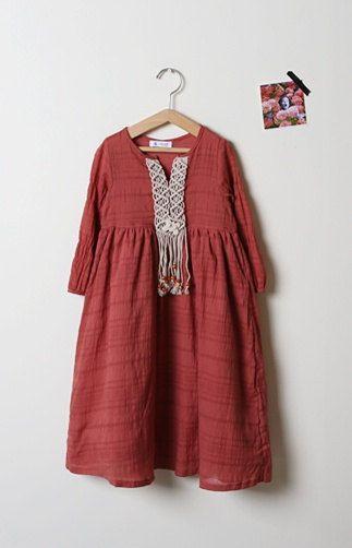 Girls dress : 100% cotton