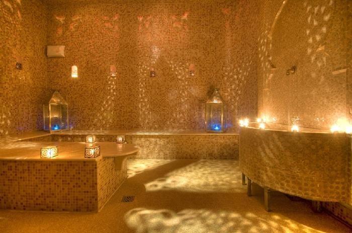 Montpellier salle chaude du hammam, le Bain du0027Épices Vraiment