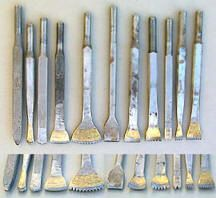 Pneumatic chisels for stone carving