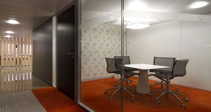Meeting room into the offices of TUI in Levallois, France