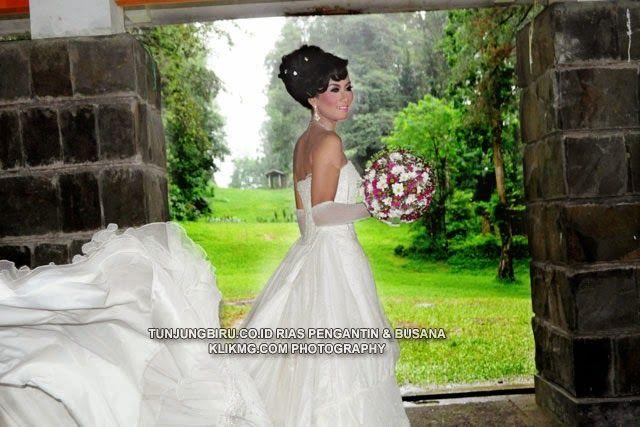 blog.klikmg.com - Rias Pengantin - Fotografi & Promosi Online : Bridal Wedding Gown [2] Tata Rias, Busana & Tata R...
