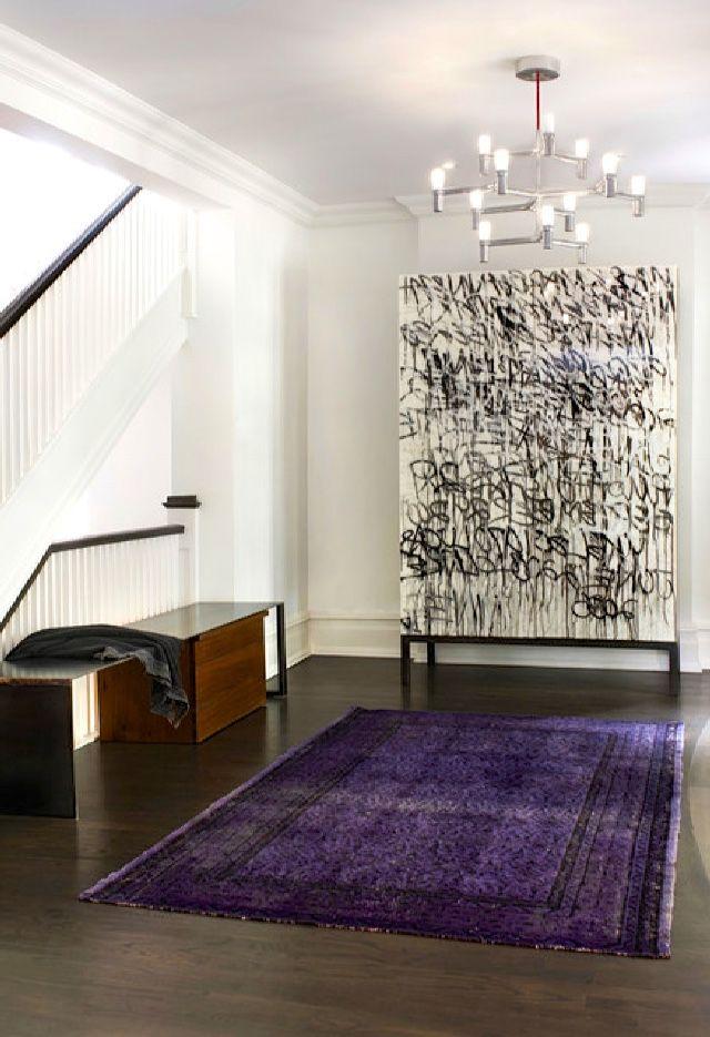 Näyttävä intage-matto violettina koossa 200 x 300 cm, materiaalina villa, alkuperämaa Turkki.