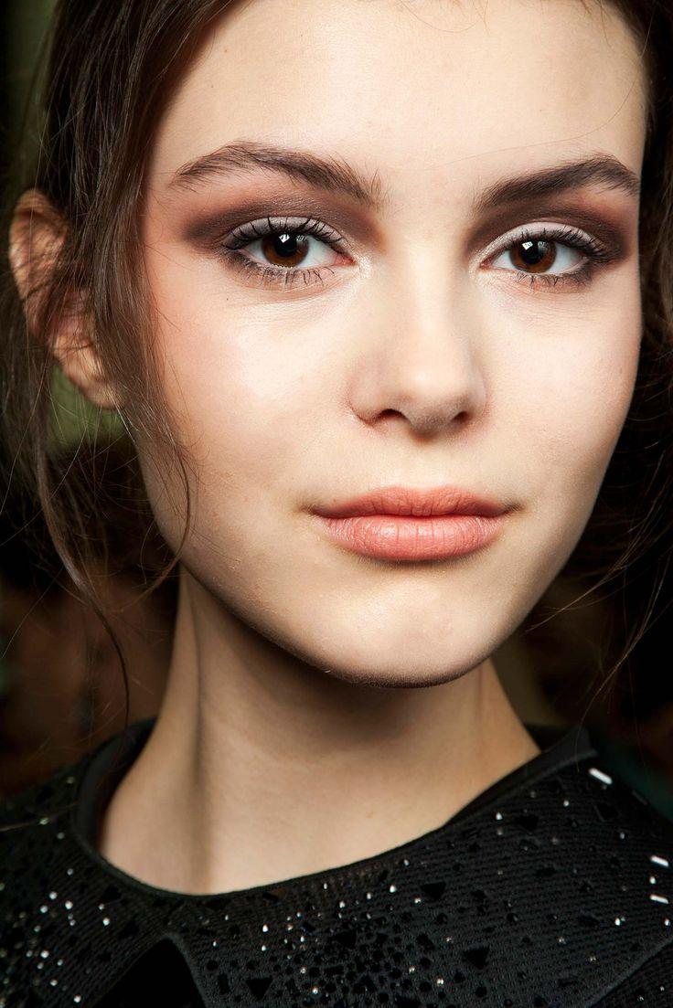 Giorgio Armani Fall 2015 Ready-to-Wear - Beauty - Gallery