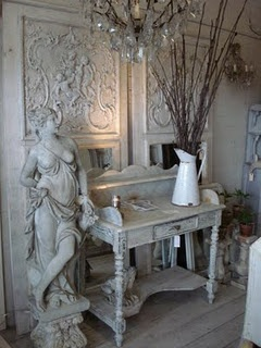 absolutely love this ...Decor, Writing Desks, Atelier De, Sweets Tables, Chippy White, Shabby Chic, French Country, French Style, Country