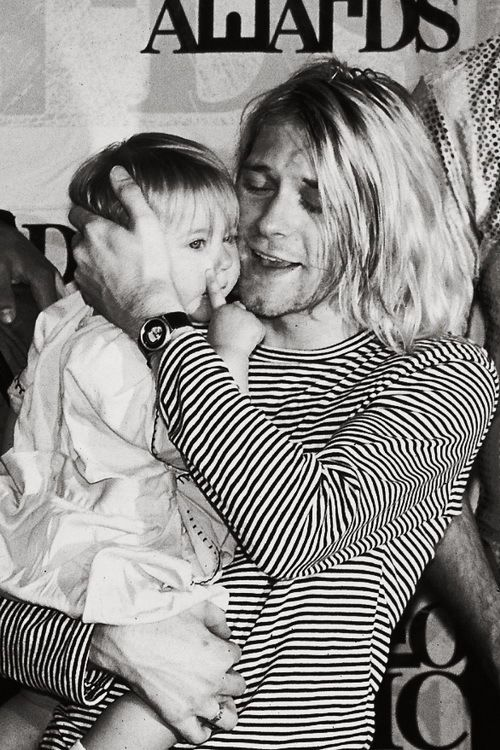 Kurt Cobain with his daughter Frances Bean Cobain, MTV video music awards, 1993