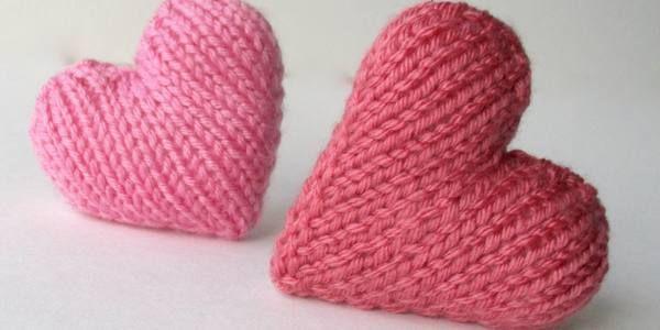 Un cuore di maglia per aiutare i bambini prematuri (VIDEO)