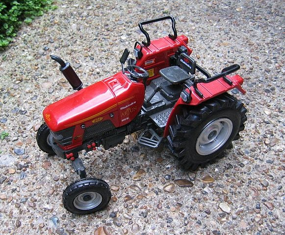 Tractor sales of Mahindra and Mahindra Farm Equipment Sector have seen a dip in demand. Sales declined 8.7% to 28,872 units in domestic markets as against 30,519 units in October 2011. Taking into account total tractor sales both domestic and exports during the month of October 2012 the company sold 29,565 units as against 31,838 units in the same month of the previous year with exports at 693 units.