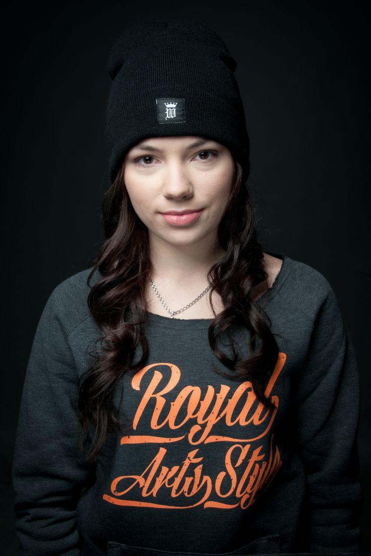 Royal Arts Style Wear #royalwear #sweatshirt #wideshoulder