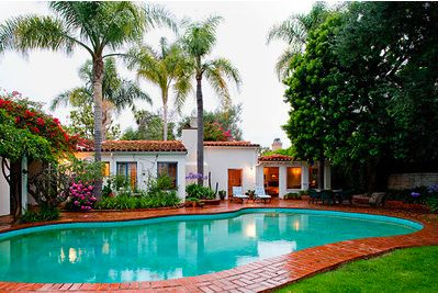 If I could own a home it would be this one.  My absolute favorite type of house. This is my Dream Home.  12305 S. Helena Drive, Brentwood ~     Marilyn Monroe's House ~