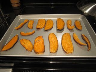 Sweet potato dog chews  Ingredients 2 sweet potatoes  Directions  Preheat oven to 250 degrees F. Wash sweet potatoes Slice sweet potatoes lengthwise about ¼ inch thick.  Place on a baking sheet.   Bake for 3 hours.  Turn slices about halfway through baking. Cool on wire racks after baking. Store in refrigerator for up to 3 weeks or freeze for up to 4 months.