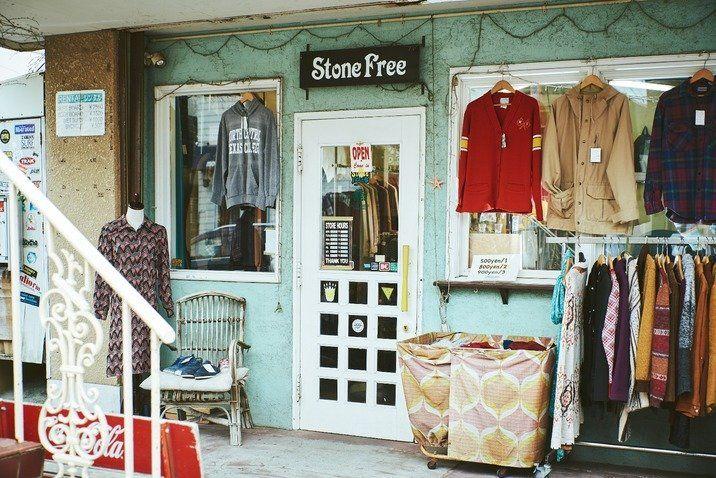 目指すは洋服が循環する社会 茅ヶ崎の古着屋 Stone Free を営むサーファー夫婦が伝えたいメッセージ 古着 屋 古着 茅ヶ崎