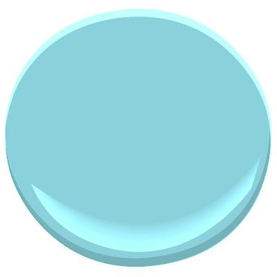 This is Benjamin Moore paint colour Rhythm and Blues (758). I am of the strong belief that bathrooms should be aquas, teals, and turquoises. This fits.