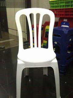 Selatan Jaya distributor barang plastik Surabaya: Kursi makan plastik merk Yanaplast warna putih