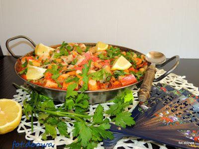 Moje Małe Czarowanie: Paella z pomidorami i mieszanką morską