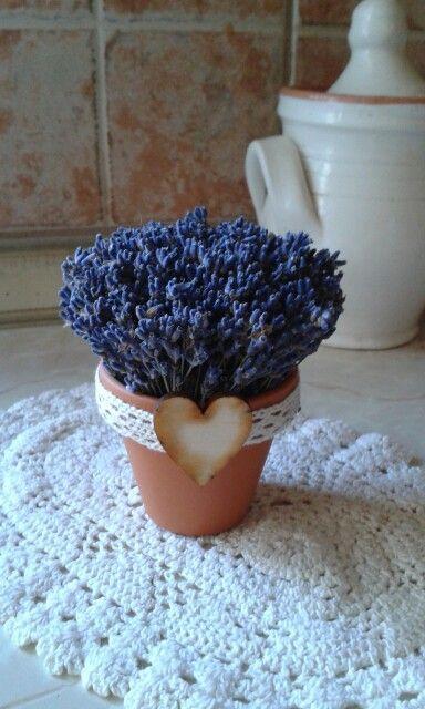 Lavender bouqet in little tile