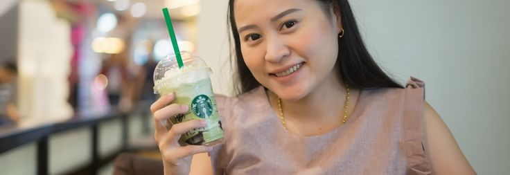 #Mobile_commerce #Mobile_payments Chinese travelers to Malaysia may pay for Starbucks with Alipay