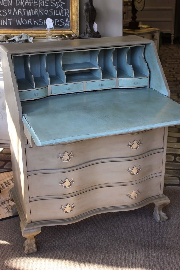 Maison Decor: Updating a desk with Chalk Paint.  Love the gilded edges on the desk cubbies.