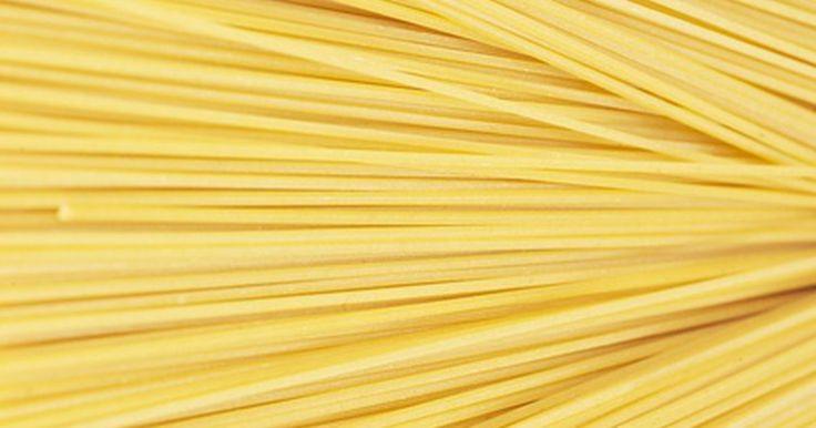 Ideas para construir puentes en espagueti. El espagueti no será el primer material de construcción que te venga a la mente si te enfrentarás al reto de construir un puente, sin embargo. los proyectos para construir puentes con espagueti han demostrado ser conceptos básicos de diseño en la construcción de puentes. Puentes de este tipo han sido probados por su resistencia, peso y ...