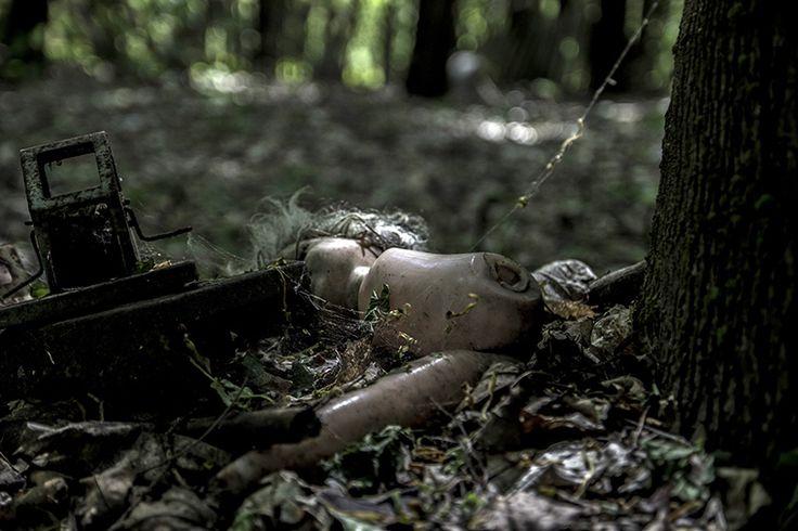 Halloweeni horror hétfő #Latszoter Rádióban 20.00  A Kulton Repülő Mozijának e heti adásában a horrorfilmek világába merészkedünk. Kötetlenül beszélgetünk élőben két órán át kedvenc és legkevésbé kedvenc horror filmjeinkről. Gyere, és szólj hozzá a cseten: http://latszoter.hu/chat  Így hallhatod az adást: Médialejátszóban http://stream.latszoter.hu/radio.m3u  Weben http://latszoter.hu/radioplayer/radio.html Mobilon, tableten http://tun.in/seVtq