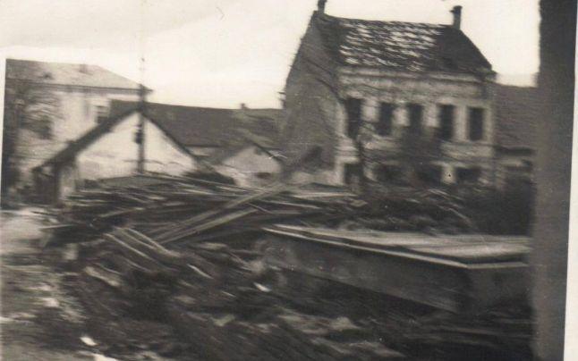 Ultimele fotografii făcute pe insula Ada Kaleh, chiar înainte de inundarea ei. Imaginea unei lumi care se pregătea de apocalipsă