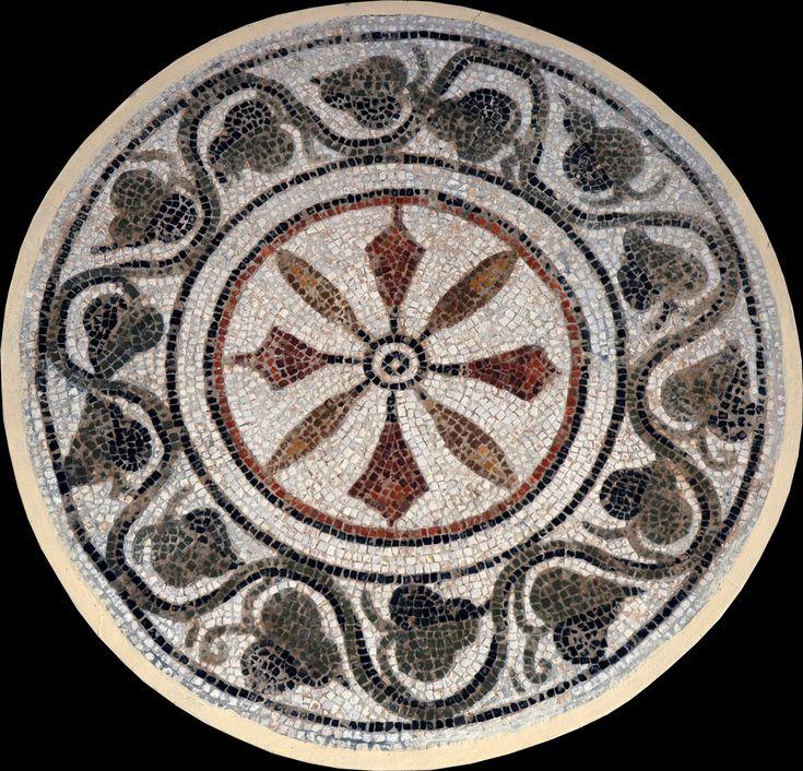 Los mosaicos geométricos de la ciudad tunecina de El-Jem. | Matemolivares