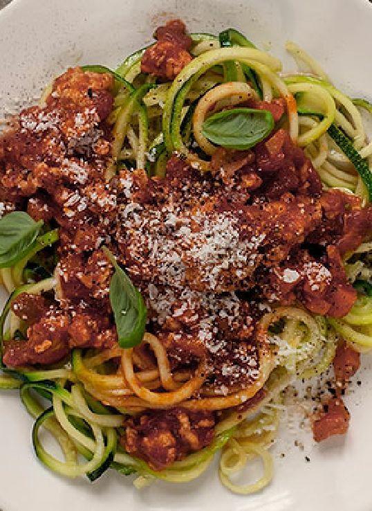Low FODMAP Recipe and Gluten Free Recipe - Zucchini Bolognese www.ibssano.com/...