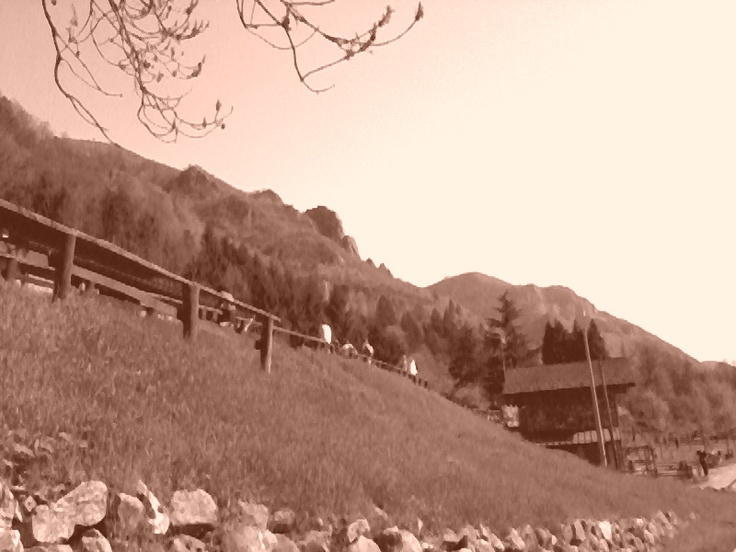 Val Brembana - Shore of mountain -- Val Brembana - Sponda di montagna