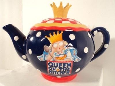 Queen of The Kitchen Decorative Ceramic Teapot Ann Estelle Mary Engelbreit |