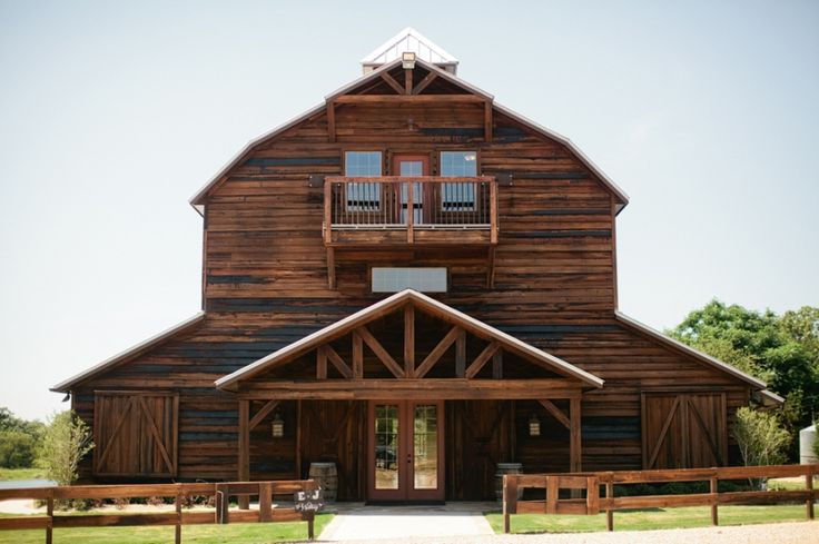 25 best ideas about barn apartment plans on pinterest Barns with apartments above