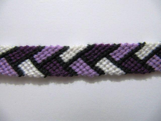 Braided Friendship Bracelet Pattern plus more patterns on friendshipbracelets.net