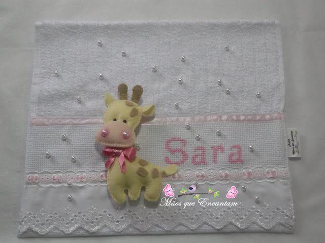 Mãos que Encantam: Lembrança chá de bebe da Sara, toalhinhas bordada...
