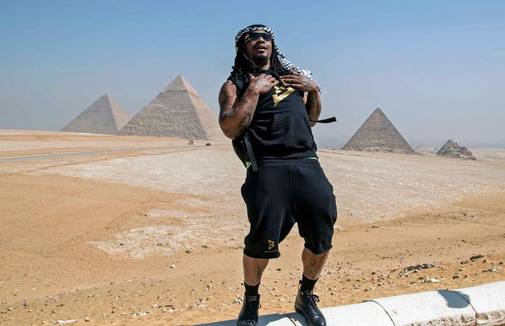 You've now got your reading assignment for the day: In the Seattle Times, reporter Jayson Jenks asked a handful of Seahawks if they have any particularmemories of Marshawn Lynch being a cool guy. It seems they like talking about their former teammate as much as I like hearing about him.
