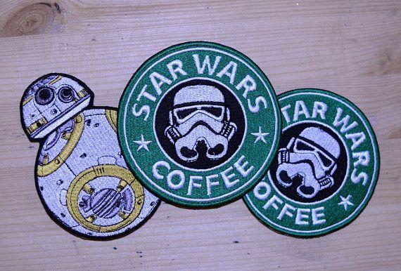 STAR WARS DARTH VADER R2-D2 C3-PO 5 PACK OF BADGES NEW OFFICIAL MERCHANDISE