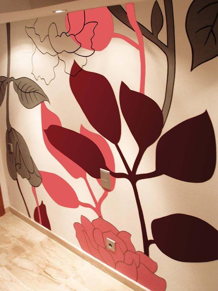 Mural pintado a mano para entrada de un piso por Nieves Miranda