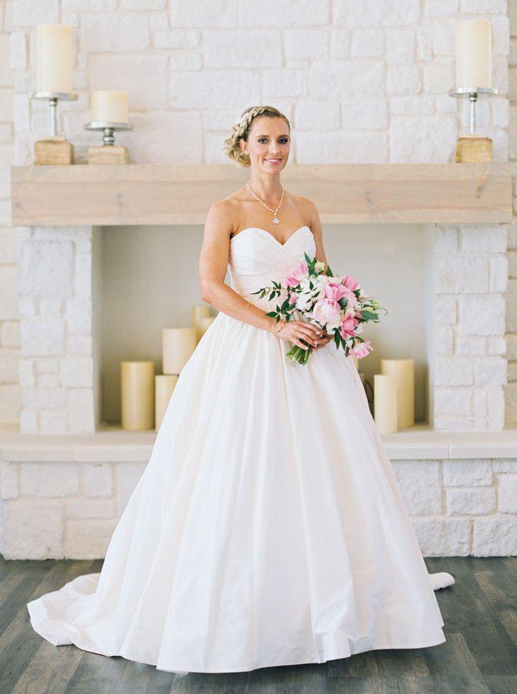 Cencept Tips By Honeymoon Body Makeup Randee Strand Venue Hidden Pines Chapel Fls Posh Fl Designs Wedding Gowns Bridal Boutique