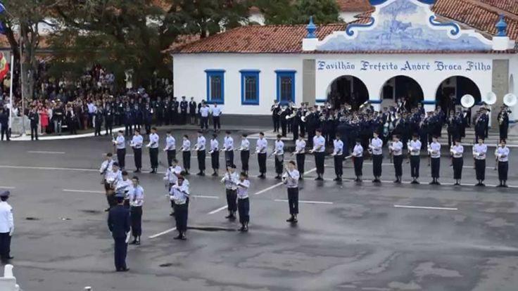 Grupo de Ordem Unida Elite Especialista- Apresentação Formatura Xavante ...