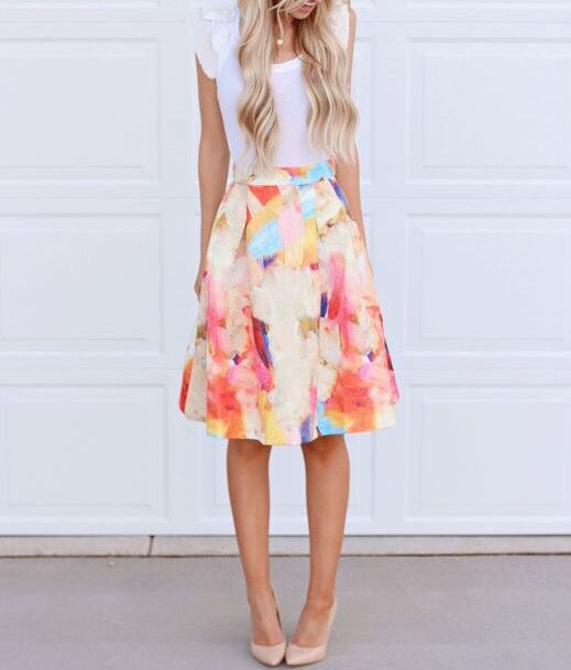 Llegó la primavera y en iModae la celebramos con los mejores LOOKS. Comparte con nosotros tu outfit de primavera, etiquétanos en tu foto. www.imodae.com #SpringiModae #FashionSchool #iModae