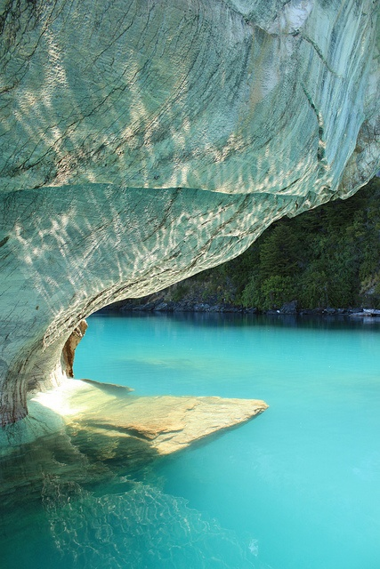 Cavernas de Mármol, Patagonia, Chilena- by -mmfff, via Flickr