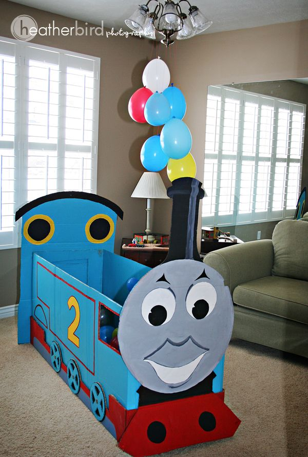 Love this Thomas made from a cardboard box. I need to get my creativity going and figure out how to do it myself :)