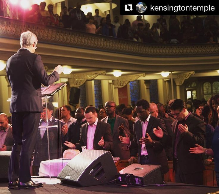 Colin Dye leading prayer at the weekend of consecration #easter #Church #Jesus #God #Spirituality #Colindye #Christianity #Gospel #Bible #Nottinghill #London #holyspirit #christ #holybible #christian #christians #kt #kensingtontemple #ktldn #charity #elim #faith #2020KTLCC