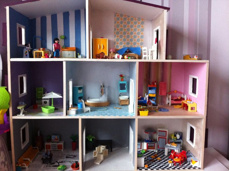 1000 images about playmobil on pinterest kids playing for Photo maison playmobil