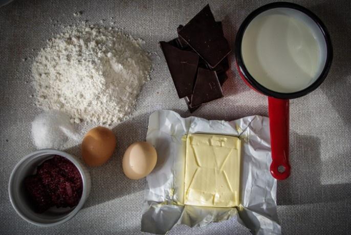Czekoladowe ciasto Marleny | KUKBUK