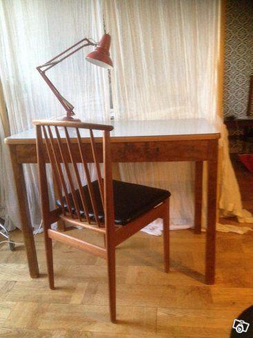 Skrivbord retro och stolar teak | Stockholm