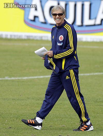 Los números favorecen a José Pékerman A partir de las 3:30 p.m., el Canal Caracol transmitirá en vivo y en directo, desde el estadio Metropolitano, de Barranquilla, el partido entre las selecciones de Colombia y Perú.