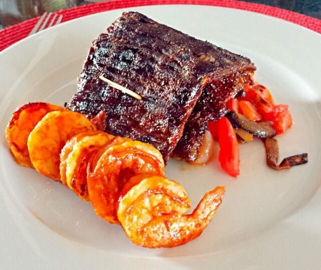 レシピとお料理がひらめくSnapDish - 14件のもぐもぐ - Happy fat Tuesday!!! Skirt steak and shrimp! by Michael M Schleyer
