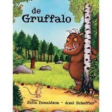 De Gruffalo | prentenboek over een kleine slimme muis die zelfs een monster bang weet te maken | 4-6 jaar