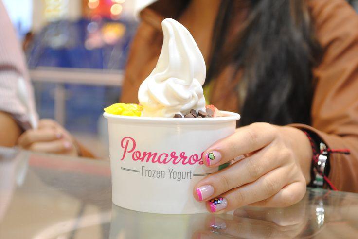 Mezcla los sabores y texturas como más te gustan. #pomarrosafrozenyogurt #elplacerdecomersano #frozenyogurt #postre #dessert #chocolatechips